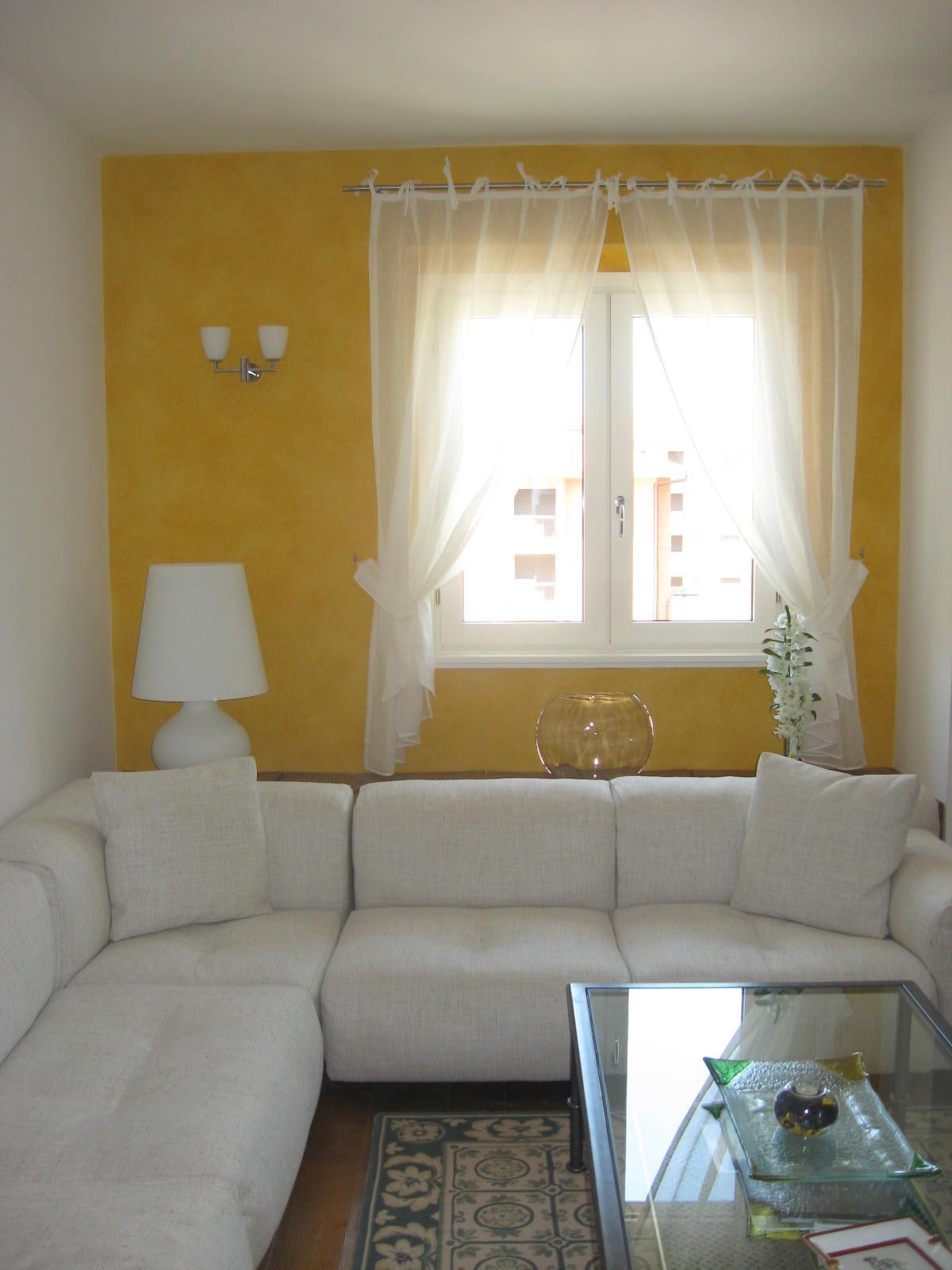 Emejing Decorazione Parete Soggiorno Photos - Idee Arredamento Casa ...